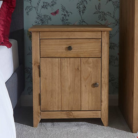 Lot 3149 BOXED AZTEC WAXED PINE 1 DOOR 1 DRAWER BEDSIDE CABINET