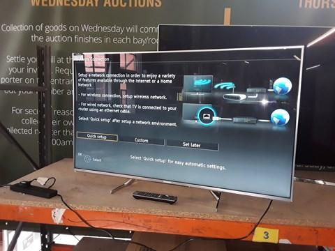 """Lot 7 PANASONIC EX700 SERIES 4K HDR 50"""" TELEVISION WITH STAND AND REMOTE MODEL- TX 50EX700"""