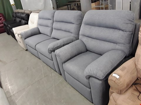 Lot 12522 QUALITY BRITISH MADE, HARDWOOD FRAMED GREY/BLUE FABRIC POWER RECLINING 3 SEATER SOFA AND ARMCHAIR