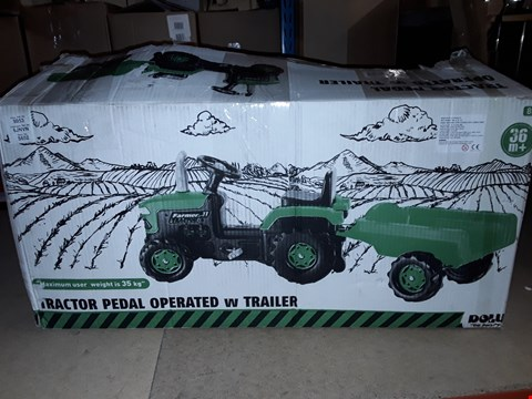 Lot 4394 BOXED TRACTOR WITH TRAILER  RRP £109.99