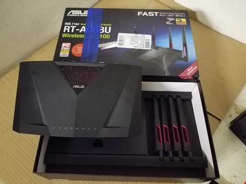 Lot 8049 ASUS 802.11AC DUAL-BAND GIGABIT ROUTER RT-AC88U WIRELESS-AC3100