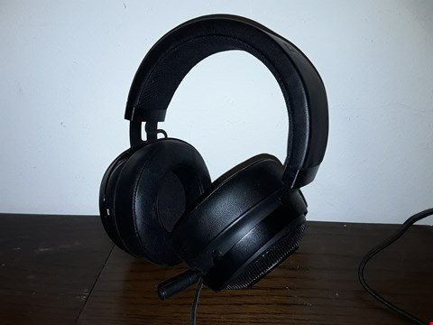 Lot 9025 RAZOR WIRED GAMING HEADSET WITH MIC