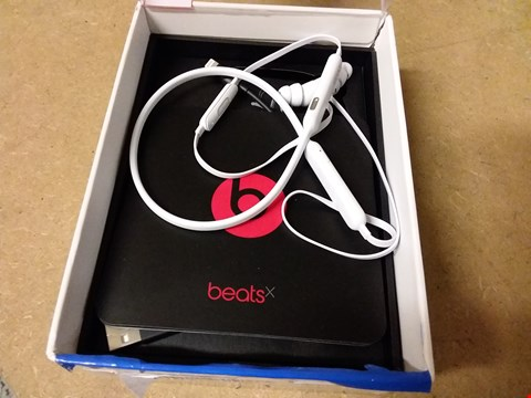 Lot 868 BEATS BY DR. DRE MLYF2ZM/A BEATSX EARPHONES - WHITE