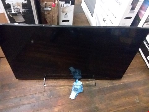 "Lot 3675 TOSHIBA 50"" LED TV"