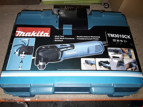 Lot 701 MAKITA TM3010CK 110 V MULTI-TOOL WITH CARRY CASE