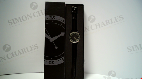 Lot 18055 DESIGNER BLACK STRAP AND BLACK DIAL LADIES WRISTWATCH