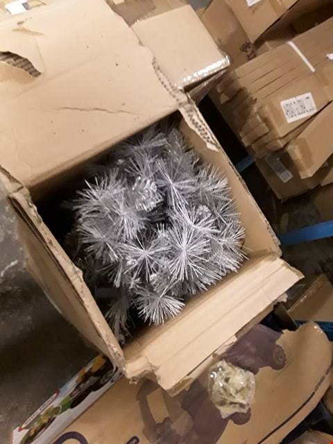 Lot 5066 7ft Silver Grey Sparkle Christmas Tree with Frosted Tips RRP £134.99