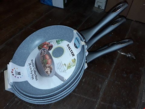 Lot 8071 LOT OF 4 SALTER 28CM MARBLE COLLECTION FRY PANS