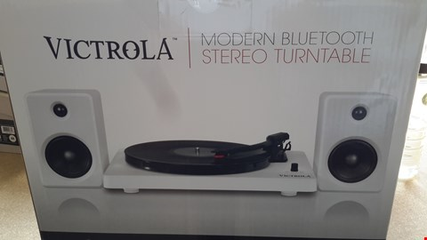 Lot 57 VICTROLA MODERN BLUETOOTH STEREO TURNTABLE WITH SPEAKERS
