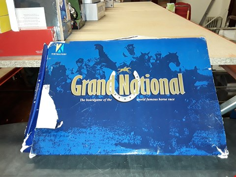 Lot 2100 GRAND NATIONAL THE BOARD GAME OF THE WORLD FAMOUS HORSE RACE