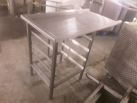 Lot 98 DISHWASHER ENTRY TABLE