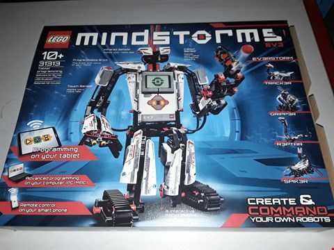 Lot 39 BOXED LEGO MINDSTORMS 2013 RRP £270