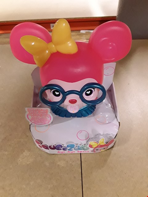 Lot 1417 BRAND NEW SQUEEZOOS LARGE FEATURE CHARACTER  RRP £27.99