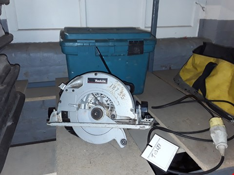 "Lot 86 MAKITA 110V 9"" CIRCULAR SAW WITH CARRY CASE"