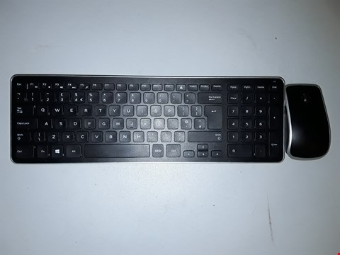 Lot 780 DELL WIRELESS KEYBOARD AND MOUSE