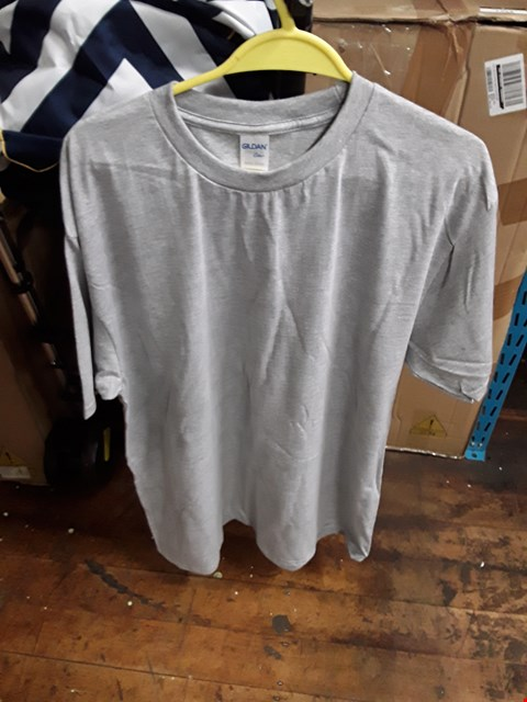 Lot 2470 A LOT OF 10 BRAND NEW GILDEN RS GREY XL SWEATSHIRTS