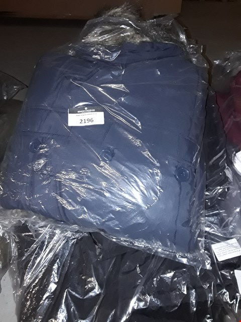 Lot 2196 LOT OF APPROXIMATELY 5 ASSORTED BRAND NEW COATS TO INCLUDE BELLFIELD 4 POCKET PARKA RRP £150