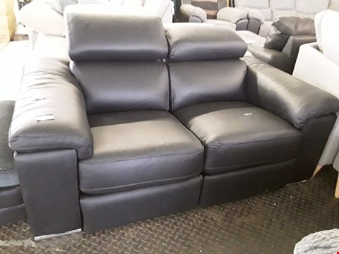 Lot 14 DESIGNER BLACK LEATHER ITALIAN STYLE POWER RECLINING TWO SEATER SOFA WITH ADJUSTABLE HEADRESTS