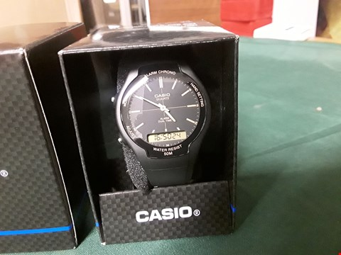 Lot 4028 CASIO WATCH BLACK FACE GOLD DETAILING