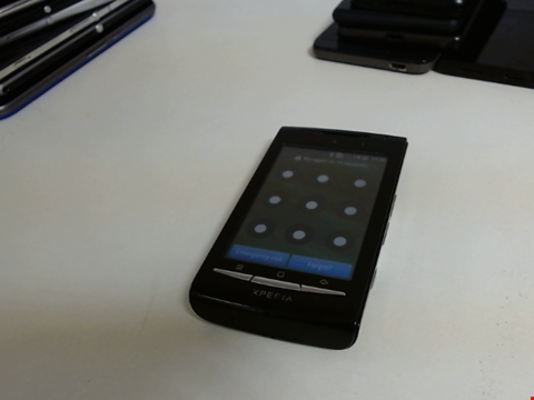 Lot 5083 SONY EXPERIA UNKNOWN MODEL OR CAPACITY SMART PHONE