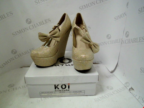 Lot 22 BOXED PAIR OF DESIGNER KOI COUTURE GOLD HEELS - UK SIZE 5