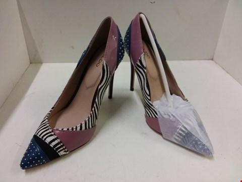 Lot 9061 BOXED ALDO WICILIDIA HEELED SHOES - SIZE 4.5