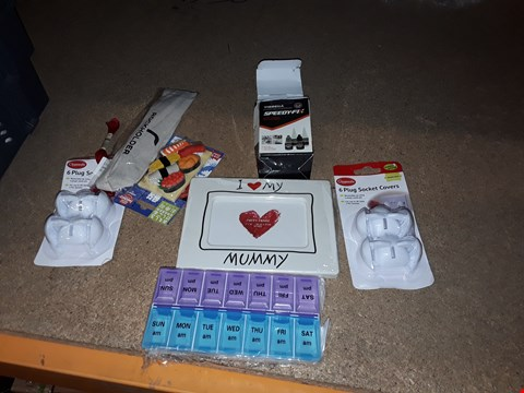 Lot 5 BOX OF ASSORTED ITEMS TO INCLUDE I LOVE MY MUMMY FRAME, SET OF PLUG SOCKET COVERS AND WEEKLEY PILL BOX ECT (BOX NOT INCLUDED)