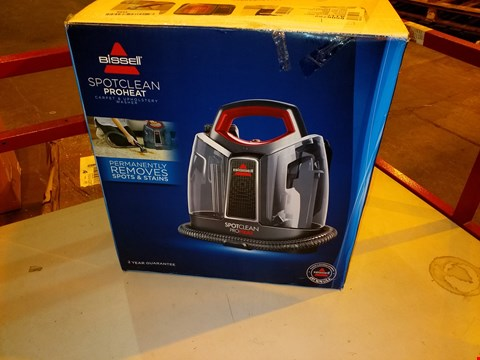 Lot 5574 BISSELL SPOT CLEAN PRO PORTABLE CARPET WASHER