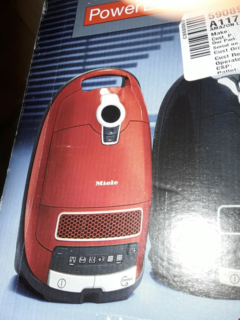 Lot 3224 MIELE COMPLETE C3 POWERLINE VACUUM