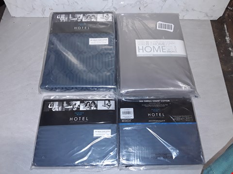 Lot 4064 LcOT OF 4 AS NEW HOME BEDDING ITEMS TO INCLUDE BLUE OXFORD PILLOW CASES AND DOUBLE DUVET SETS