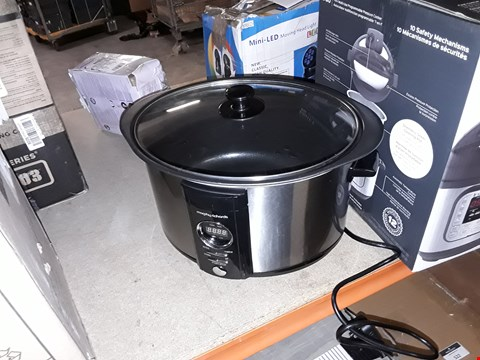 Lot 520 MORPHY RICHARDS ACCENTS SLOW COOKER