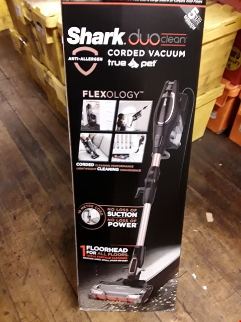 Lot 352 DUOCLEAN CORDED STICK VACCUM WITH FLEXOL