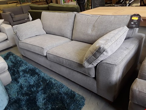 Lot 273 QUALITY BRITISH DESIGNER JOSIE FOUR SEATER SOFA UPHOLSTERED IN FAMILY FRIENDLY BASKET WEAVE WOLF PAW FABRIC RRP £1449