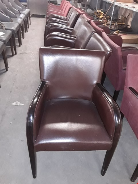 Lot 14 APPROXIMATELY 6 BROWN LEATHER EFFECT WOODEN LEG CHAIRS