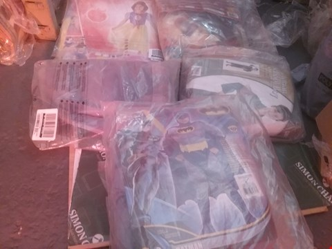 Lot 12202 5 ASSORTED CLOTHING ITEMS TO INCLUDE A BATMAN COSTUME AND A VICTORIAN SCHOOL BPY COSTUME