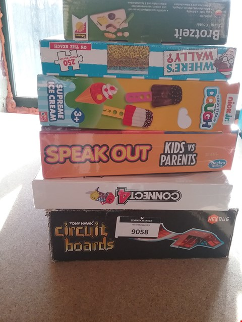 Lot 9058 6 ASSORTED ITEMS TO INCLUDE A SPEAK OUT KIDS VS PARENTS GAME AND A CONNECT 4 GAME