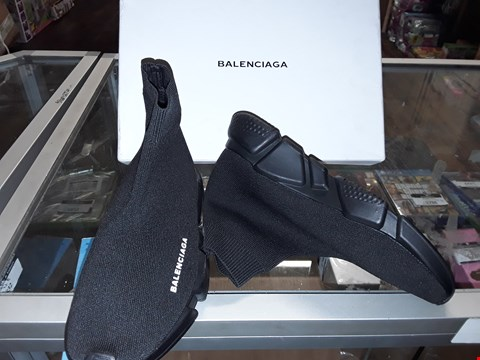 Lot 2188 BOXED BALENCIAGA BLACK SPEED TRAINERS SIZE 39