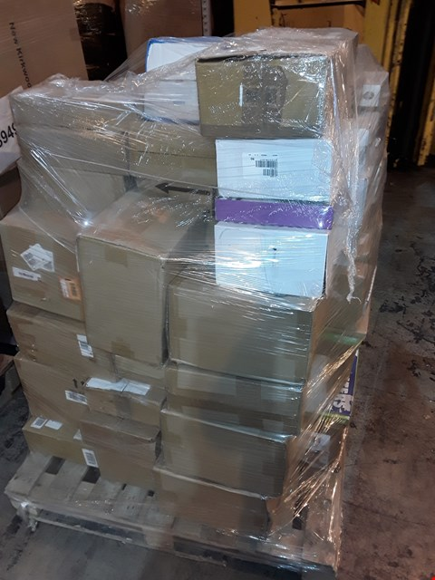Lot 15 PALLET OF APPROXIMATELY 212 ASSORTED HOUSEHOLD ITEMS, TO INCLUDE: