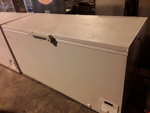 Lot 14 ELCOLD LARGE WHITE CHEST FREEZER