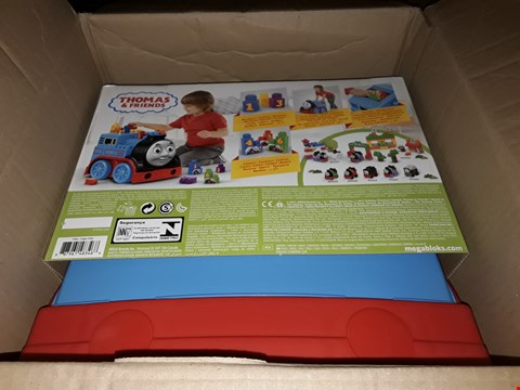 Lot 343 BRAND NEW BUILD AND GO THOMAS  RRP £55.00