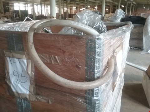 Lot 4031 PALLET OF ASSORTED PIPING