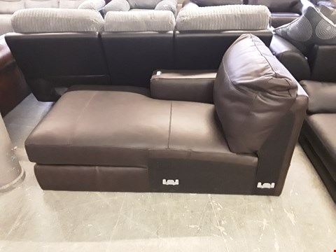 Lot 32 DESIGNER BROWN LEATHER HAMPSHIRE CHAISE SECTION