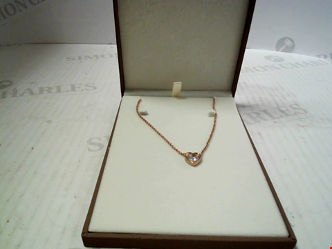 Lot 5650 DESIGNER ROSE GOLD TONE NECKLACE AND PENDANT