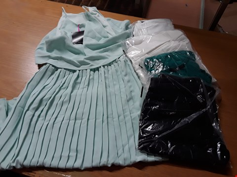 Lot 8053 LOT OF APPROXIMATELY 10 ASSORTED DESIGNER CLOTHING ITEMS TO INCLUDE MINT PLEATED MIDI DRESS, IVORY HIGH WAISTED TROUSERS AND V-NECK BLOUSE