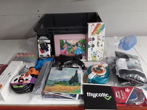 Lot 158 BOX OF APPROXIMATELY 27 ASSORTED ITEMS TO INCLUDE THERMOMETER, CYCLE LOCK, THREAD ETC
