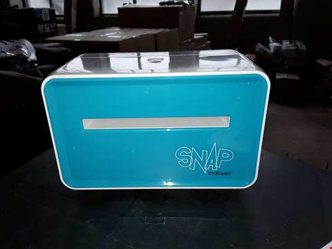 Lot 7390 SNAP PORTABLE DIE CUTTING MACHINE