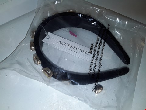 Lot 9377 ACCESSORIZE GOLD JEWELLED ALICE BAND RRP £22.99