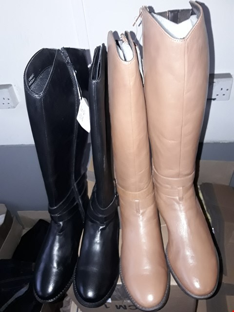 Lot 350 BOX OF APPROXIMATELY 5 ASSORTED SHOES TO INCLUDE BROWN REAL LEATHER KNEE LENGTH BOOTS AND BLACK REAL LEATHER KNEE LENGTH BOOTS