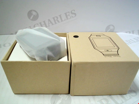 Lot 5810 BOXED UNBRANDED SMARTWATCH