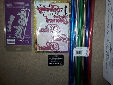 Lot 2688 BOX OF 4 ASSORTED CRAFTS ITEMS TO INCLUDE JUST THE RIGHT WORDS DIE SET, DREAMEES EMBOSSING INK PAD, ECT